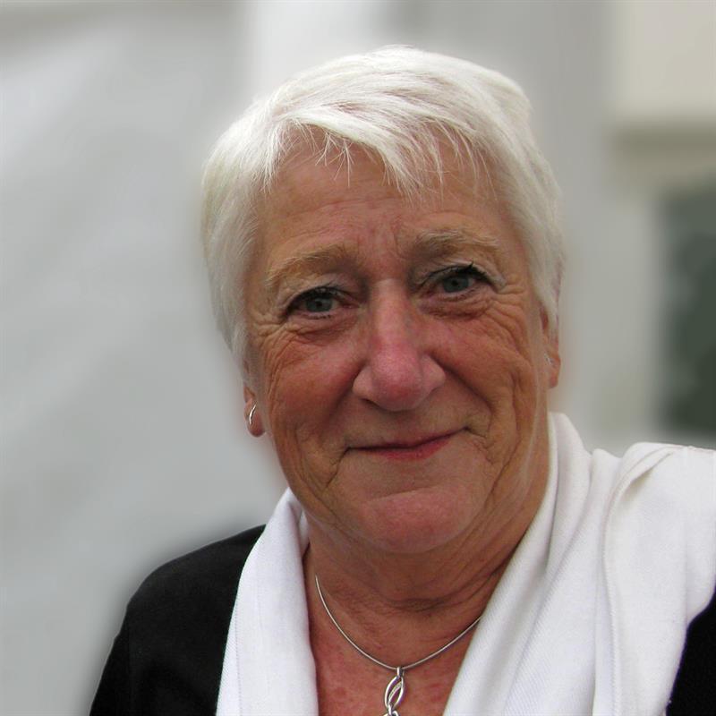 Annemie Adams