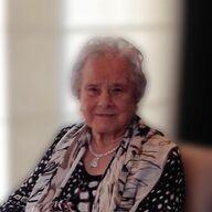 Augusta Elegeert