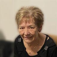 Nadine Van der Sijpe